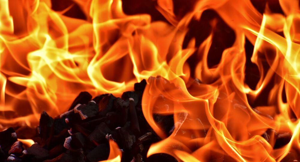 Flammes, image d'illustration