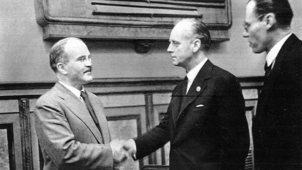 Viatcheslav Molotov et Joachim von Ribbentrop - Sputnik France