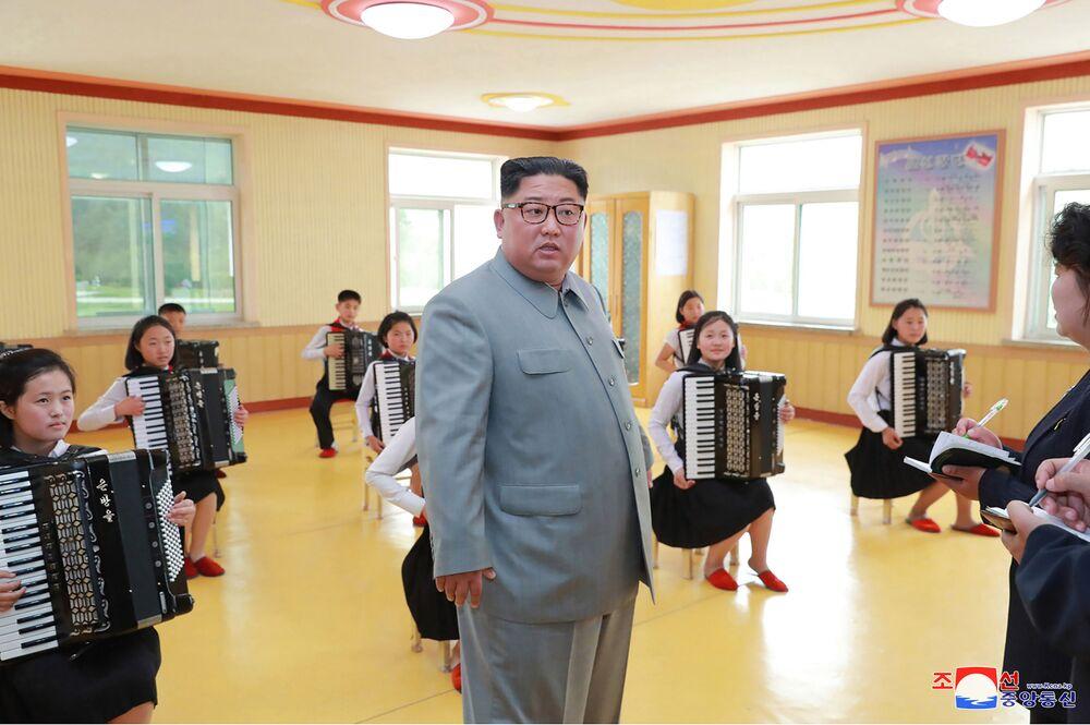 Kim Jong-un et les enfants