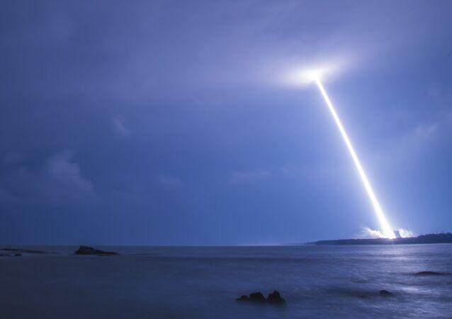 le lancement d'une fusée chinoise, image d'illustration