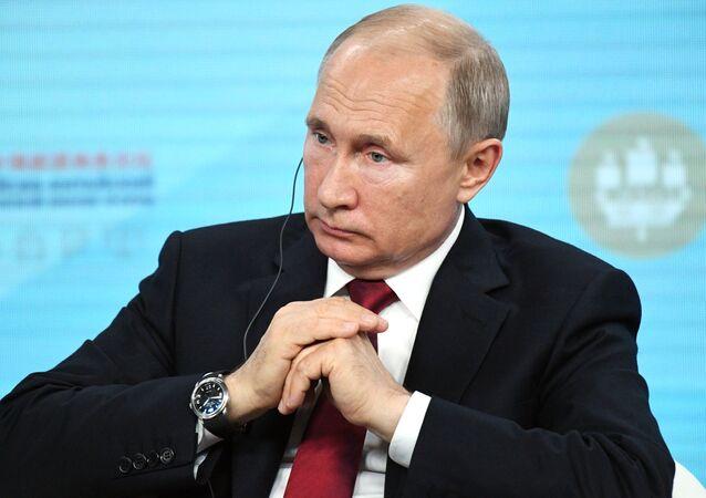 Vladimir Poutine lors su SPIEF 2019