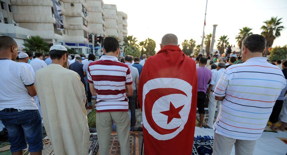 Les Tunisiens lors de la prière de Ramadan
