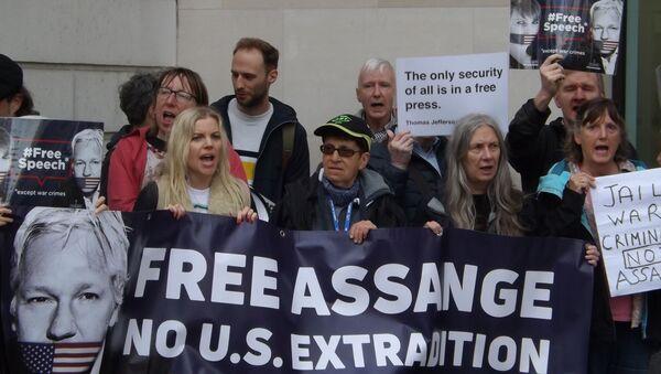 Manifestation contre l'extradition de Julian Assange vers les États-Unis - Sputnik France