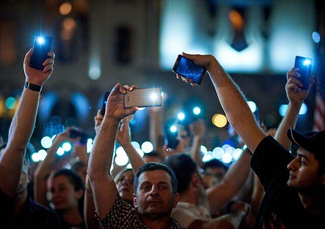 Les manifestations en Géorgie