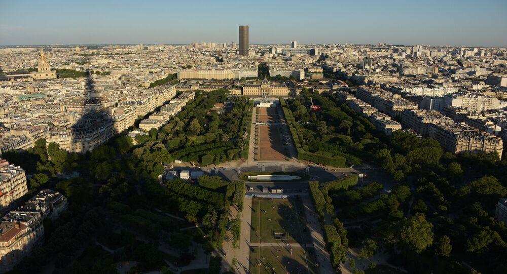 Paris champs de Mars