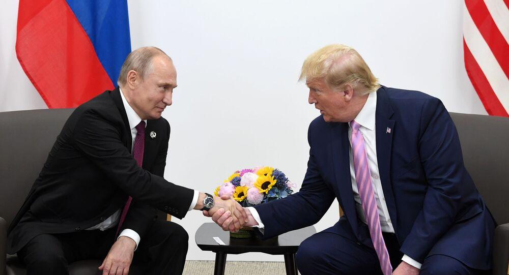 Vladimir Poutine et Donald Trump, image d'illustration