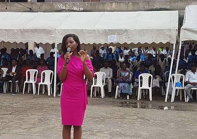Arielle partage son expérience du digital dans un établissement scolaire du Cameroun