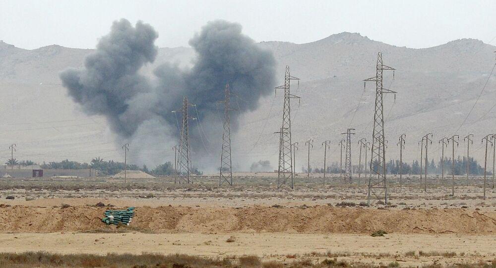 Lignes électriques en Syrie. Image d'illustration