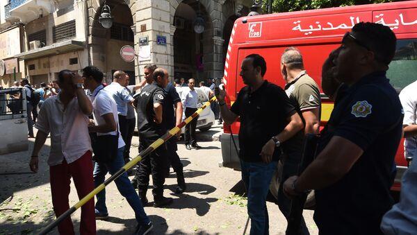 Sur les lieux du double-attentat ayant frappé Tunis le 27 juin  - Sputnik France