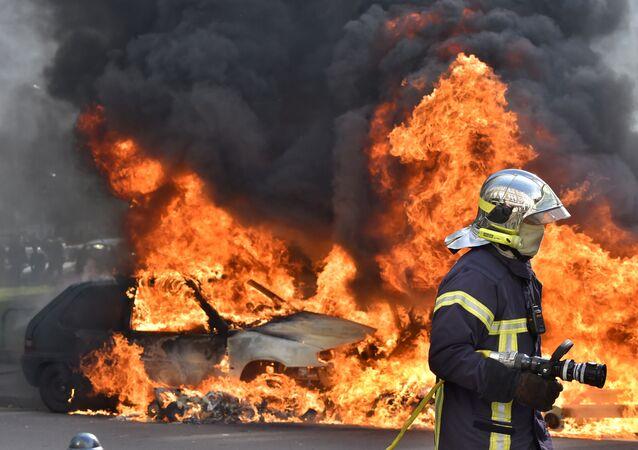 pompier, image d'illustration