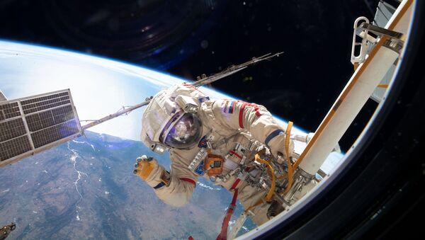 Выход в открытый космос. 29 мая 2019 - Sputnik France