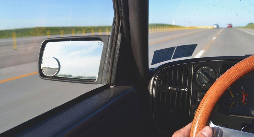 au volant d'une voiture