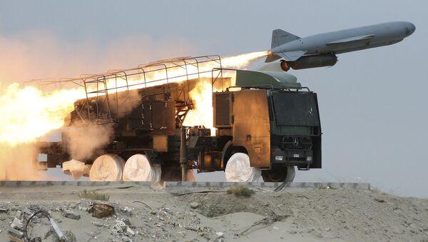 Des exercices iraniens de lancement de missiles sol-mer Saegheh (archive photo) - Sputnik France