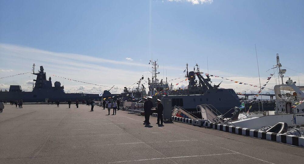 Le 9e Salon international de la défense maritime de Saint-Pétersbourg