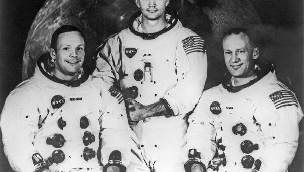 Apollo 11  - Sputnik France
