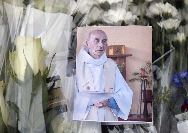 hommage au père Hamel