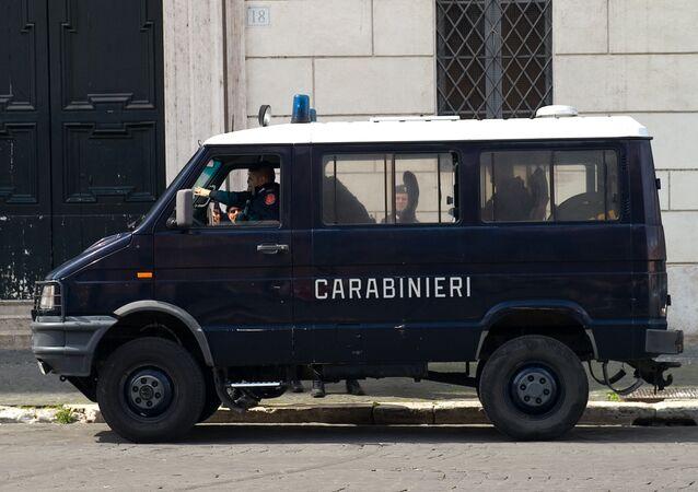 Un véhicule carabinier en Italie