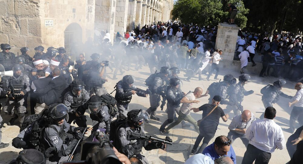 Heurts entre policiers israéliens et Palestiniens sur l'esplanade des Mosquées