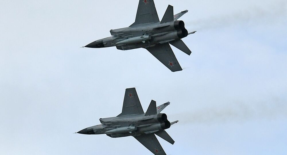 Des chasseurs MiG-31 avec des systèmes hypersoniques Kinjal
