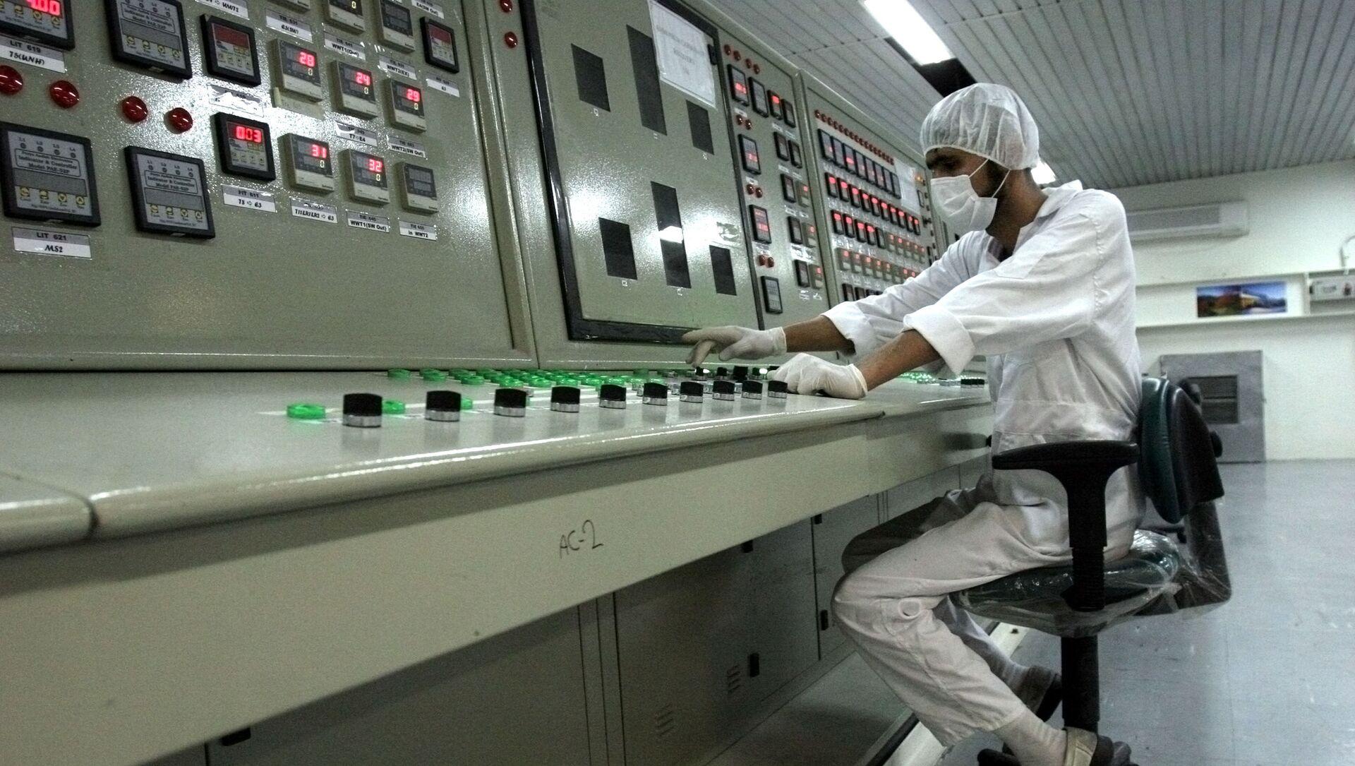 Un spécialiste du nucléaire iranien au site d'Ispahan (archive photo) - Sputnik France, 1920, 19.02.2021