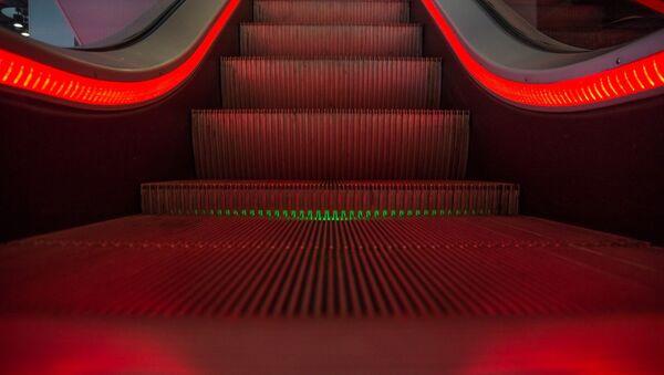 escalier roulant (image d'illustration) - Sputnik France