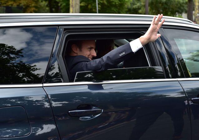 Emmanuel Macron arrive à la parade du 14 juillet 2017 à Paris (archive photo)
