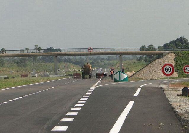 Un tronçon de l'autoroute du nord en Côte d'Ivoire