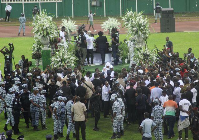 Hommage à DJ Arafat au le stade Félix Houphouet Boigny d'Abidjan