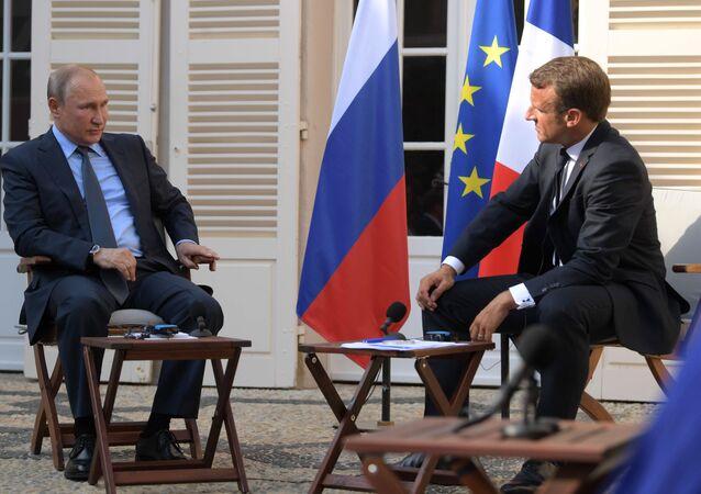Vladimir Poutine et Emmanuel Macron lors d'une rencontre au fort de Brégançon (19 août 2019)