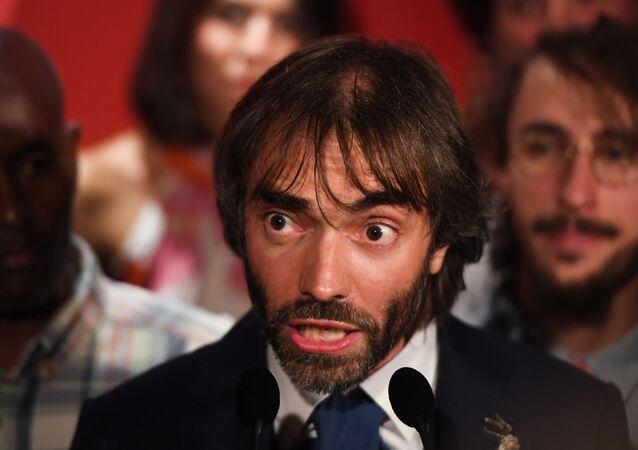 Cédric Villani se porte candidat à la mairie de Paris