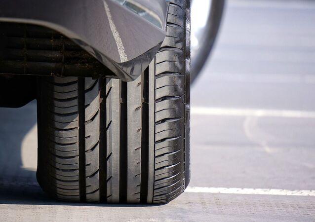 Une roue de voiture, image d'illustration