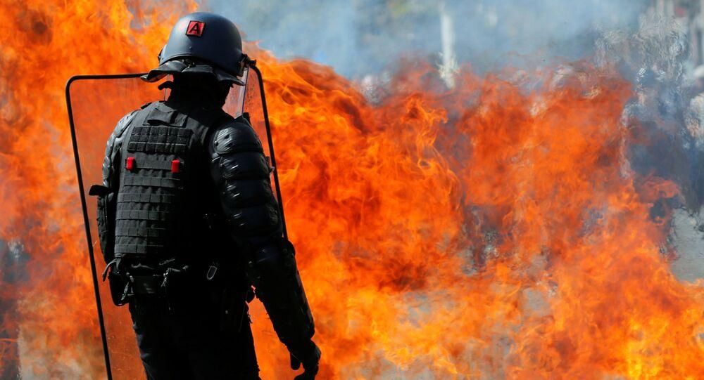Un coctail Molotov explose devant un gendarme à Nantes