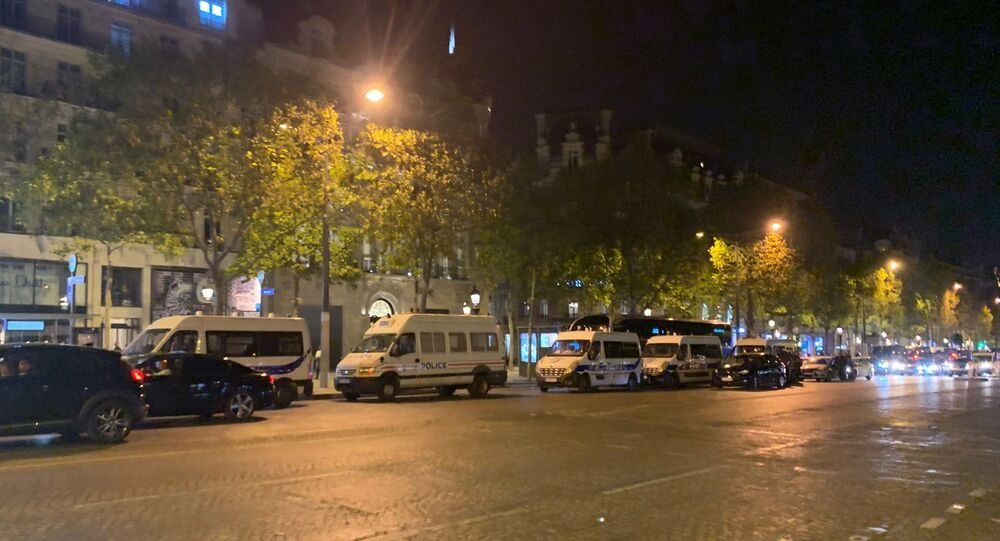 L'acte 45 se poursuit: une soirée sous surveillance sur les Champs-Élysées, 21 septembre 2019