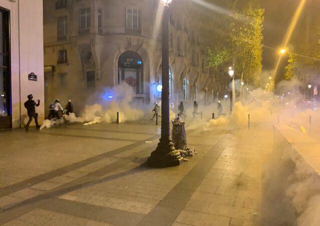L'acte 45 des Gilets jaunes sur les Champs-Élysées 21 septembre 2019