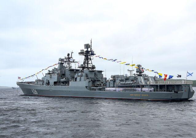 Le vice-amiral Koulakov lors de la célébration de la Journée de la marine russe