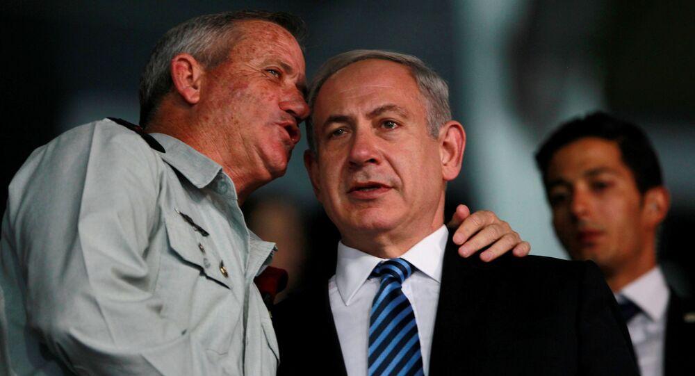 Benny Gantz et Benyamin Netanyahou en 2013