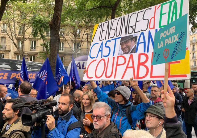 Des policiers manifestent près du siège de la France insoumise, 26 septembre 2019