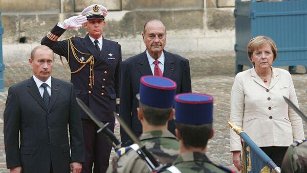 Vladimir Poutine, Jaques Chirac et Angela Merkel - Sputnik France