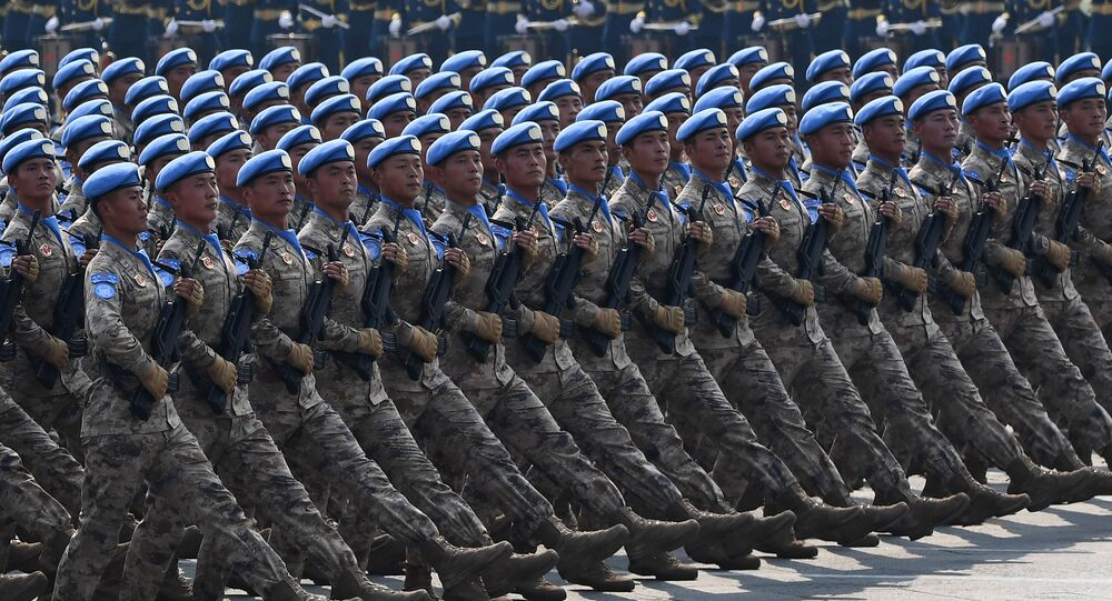 défilé militaire à l'occasion des 70 ans de la Chine populaire
