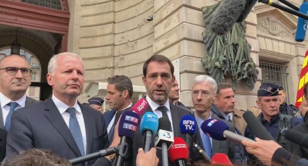 Christophe Castaner s'est rendu sur les lieux de l'attaque au couteau à la préfecture, 3 octobre 2019
