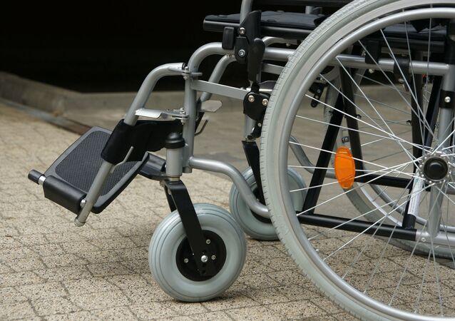 un fauteuil roulant