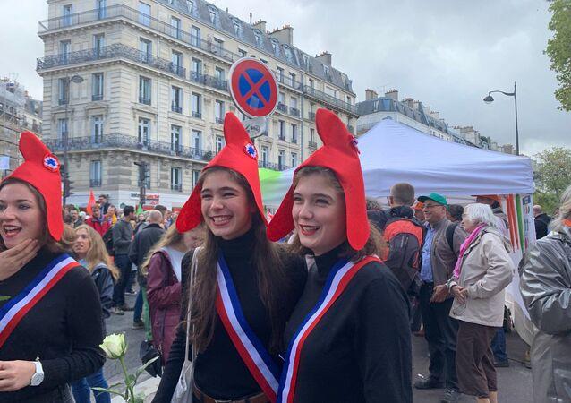 Manif pour tous: défilé à Paris contre la PMA, le 6 octobre 2019