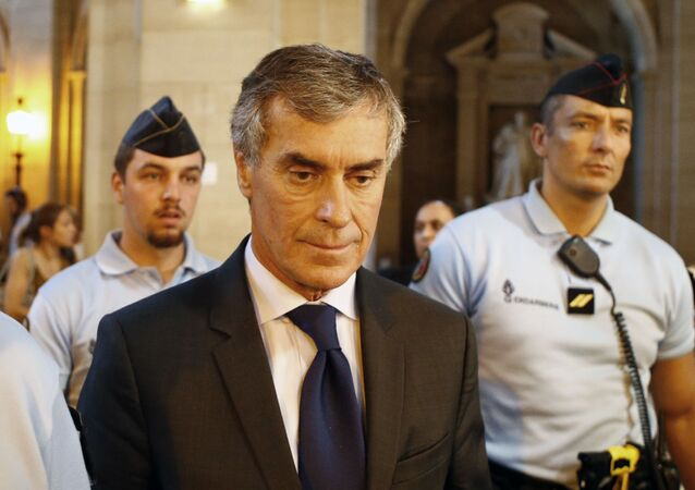 Jerome Cahuzac quitte la cour à Paris, septembre 2016