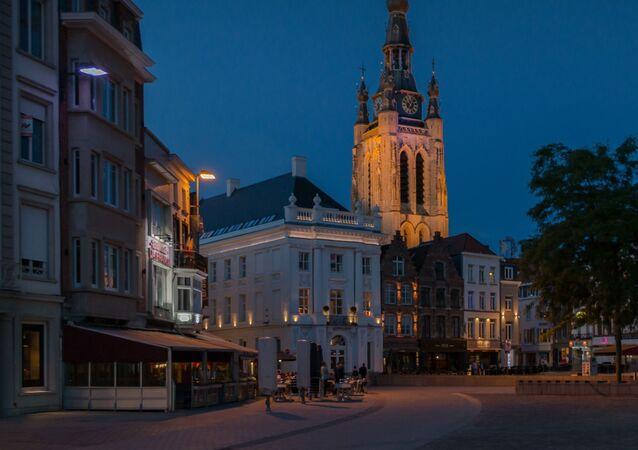 La Grand Place de Coutrai (Kortrijk) en Belgique