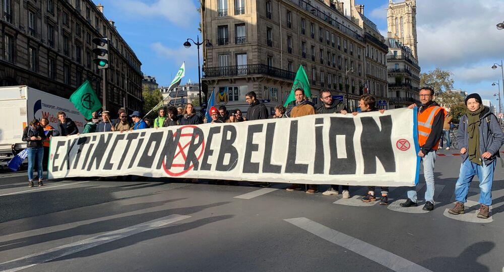 Action d'Extinction Rebellion à Paris en octobre 2019