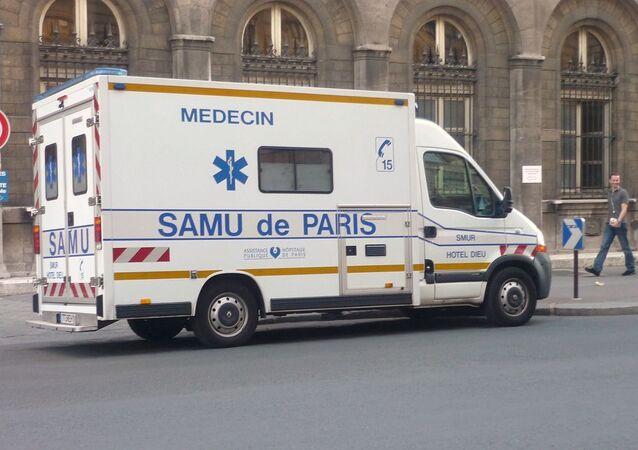 Véhicule du SAMU de Paris