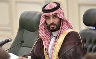 Le prince héritier Mohammed bin Salman assiste à une réunion avec le président russe Vladimir Poutine au palais royal saoudien à Riyad, en Arabie Saoudite.