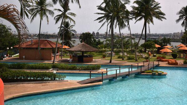Piscine de l'hôtel Ivoire à Abidjan - Sputnik France