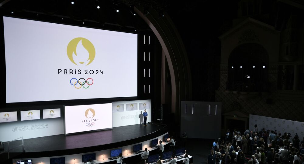 Cérémonie de présentation du logo des Jeux Olympiques 2024 dans le cinéma du Grand Rex à Paris, le 21 octobre 2019