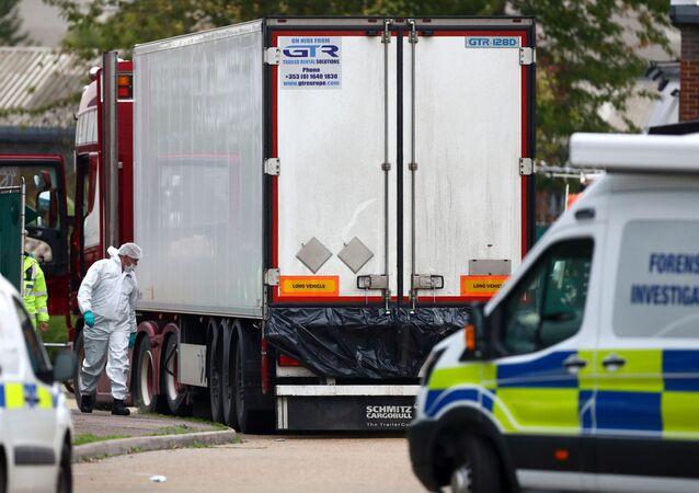 camion, dans lequel 39 corps ont été découverts le 23 octobre en Grande-Bretagne,